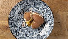 Vajíčko s překvapením. Čokoláda, karamel i nadýchaný krém podle Jana Punčocháře