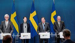 Švédská vláda se 'vykašlala' na virus, lidem dala volnost. Opozice je žene k odpovědnosti