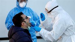 Koronavirus možná ohrožuje více muže, protože proniká do varlat, myslí si vědci