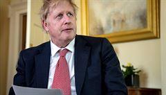Premiér Johnson se uzdravuje z covid-19, o jeho návratu do práce zatím ale rozhodnuto není