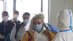 Německo trápí výskyt koronaviru v řadě masokombinátů, reprodukční číslo vystřelilo nahoru
