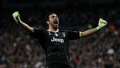 Nezastavitelný Buffon ještě nekončí. V Juventusu prodloužil smlouvu o další rok