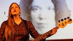 AUDIO: Vladivojna La Chia zhudebnila další básně vězeňkyně z gulagu Anny Barkovové