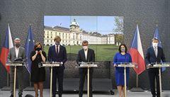 Češi by dali vládě i Hradu na vysvědčení trojku, nejhůře dopadlo ministerstvo dopravy