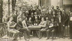 Jak první a druhá světová válka a koronavirus zasáhly šachový život