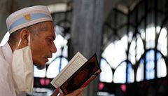 Z ramadánu zůstává jen půst. Po více než 200 letech bude nejspíš zrušená i pouť do Mekky
