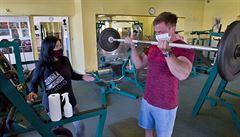 Fitness centrům klesl příjem, důvodem jsou strach z covidu i home office. 'Roušky by mohly být likvidační'