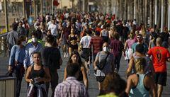 Evropa uvolňuje opatření proti koronaviru. Italové mohou na procházku, Německo jde do školy