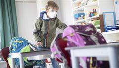 Otevření škol pandemii nevyhrotí, školáci nejsou tahounem infekce, uvádí studie