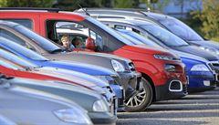 Britské továrny v dubnu vyrobily jen 197 aut, loni ve stejném měsíci přes 70 tisíc