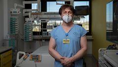 Kvůli viru šli stranou jiní pacienti. Lidé se totiž bojí přijít do nemocnice, myslí si vedoucí ARO v Motole