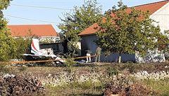 V Chorvatsku se zřítilo cvičné letadlo české výroby, piloti zahynuli. V reakci odstoupil ministr obrany