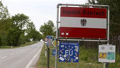Hraniční přechod ve Slavonicích je otevřený. Rakušané z neznámých důvodů auta ráno nepouštěli