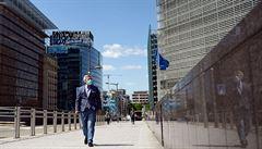 Evropská ekonomika poroste rychleji, než se očekávalo, uvádí prognóza Evropské komise