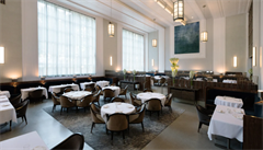 Michelinská restaurace v New Yorku vaří v krizi chudým