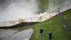 V Michiganu se protrhly dvě přehrady. Něco takového jsme dosud neviděli, řekla guvernérka