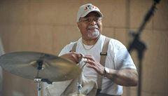 Ve věku 91 let zemřel jazzový bubeník Jimmy Cobb. Vystupoval například na legendárním albu Kind of Blue