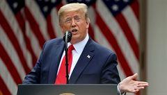 Tři měsíce do amerických voleb: Trump masivně ztrácí. 'Viníky' jsou koronavirus i demonstrace