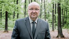 Kůrovce je třeba zpomalit jako vir, říká šéf podniku Lesy ČR Josef Vojáček. V krizi vidí i příležitost