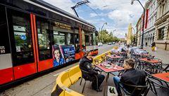 Dveře pražských tramvají se kvůli covidu otevírají automaticky, a to i na zastávkách na znamení