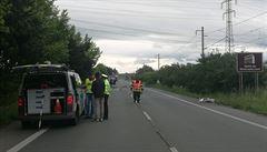 Při dopravní nehodě u Černožic na Královéhradecku zemřeli tři lidé. Jedno dítě utrpělo vážná zranění