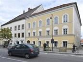 Z rodného domu Hitlera bude policejní stanice, z budovy zmizí části fasády pozměněné nacisty