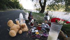 Kojenec zemřel kvůli syndromu náhlého úmrtí, tvrdí policie. Matka následně hodila tělo do vody