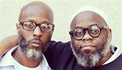 Černošští bratři dostanou za 24 let, které strávili neprávem v americkém vězení, mnohamilionové odškodnění