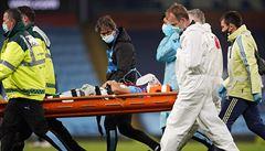 VIDEO: Hrozivý střet a strach o život. García zápas nedohrál, skončil s poraněním hlavy v nemocnici