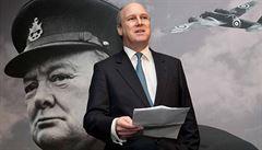 Churchillův pravnuk vzkazuje Čechům: Stál občas na špatné straně, ale bojoval i za vaši svobodu