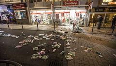 Ve Stuttgartu probíhaly v noci rozsáhlé nepokoje a rabování, deset policistů utrpělo zranění