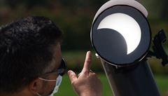 Část Asie a Afriky zahlédla prstencové zatmění Slunce. V letošním roce bude pozorovatelné ještě jednou