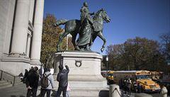 Muzeum v New Yorku odstraní sochu Roosevelta. Podle starosty zobrazuje černochy jako rasově podřadné