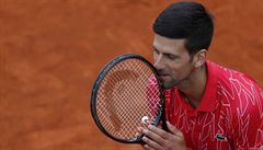 Také Djokovič se nakazil covidem, tenisová exhibice se proměnila v 'koronavirový inkubátor'