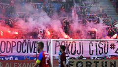 Plzeň uctila památku Čišovského výhrou nad osm zápasů neporaženou Spartou, Slavia hladce přehrála Jablonec