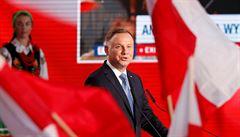 V Polsku se zavřely volební místnosti. První dějství vyhrál současný prezident Duda, ještě ale není konec