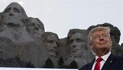 Trump chtěl prý mít svůj obličej na slavném Mount Rushmore. Bílý dům proto oslovil i guvernérku Jižní Dakoty