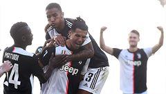 Buffon oslavil rekordní utkání výhrou Juventusu v městském derby, z přímého kopu se prosadil Ronaldo