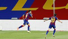 Barcelona zvládla derby s Espaňolem, rozhodl Suárez, na vedoucí Real ztrácí bod