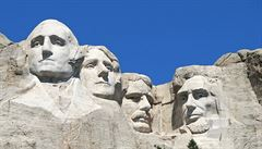Trump chtěl velký ohňostroj u známého památníku amerických prezidentů. Indiáni mu zakázali vstup