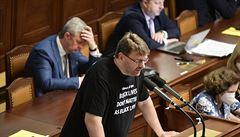 Volný se podle předsedy sněmovny Vondráčka mohl dopustit trestného činu, hlasovat ale může