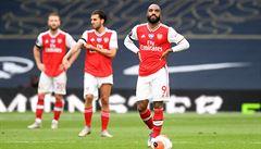 Krize Arsenalu. Po fatální hrubce prohrál v derby s Tottenhamem, Wolves žijí svůj sen o Evropu