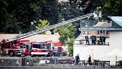 V technické části Muzea Kampa hořelo. Dým pronikl do výstavních hal, obrazy se ale nakonec nepřemisťovaly