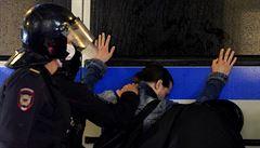 V Moskvě se demonstrovalo proti změnám v ruské ústavě, policie zatknula stovku protestujících