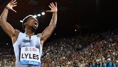 Překonal světový rekord Bolta na 200 metrů. Oslavy Američana ale dlouhé trvání neměly, běžel kratší trasu