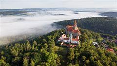 Tip na výlet: Pravý středověk s princeznami. Pohádkový zámek Bouzov si oblíbili i filmaři