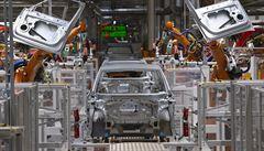 Volkswagen se dohodl s podnikovou radou na rušení míst v Německu. Krok by mohl ohrozit až 5 tisíc lidí