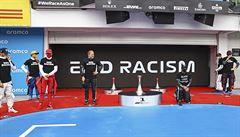 Hamilton kárá jezdce F1 za boj proti rasismu: Jednou poklekli a už to znovu nechtějí dělat, žádný pokrok