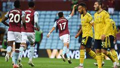 Aston Villa přehrála Arsenal a má záchranu ve svých rukou. Citizens deklasovali Watford