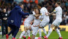 """Trenér """"Blázen"""", kterého chválí Guardiola. Leeds je po šestnácti letech znovu mezi elitou"""